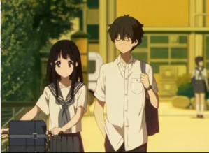 アニメ「氷菓」第5話 える(自転車は体の右)と奉太郎(かばんは左肩)